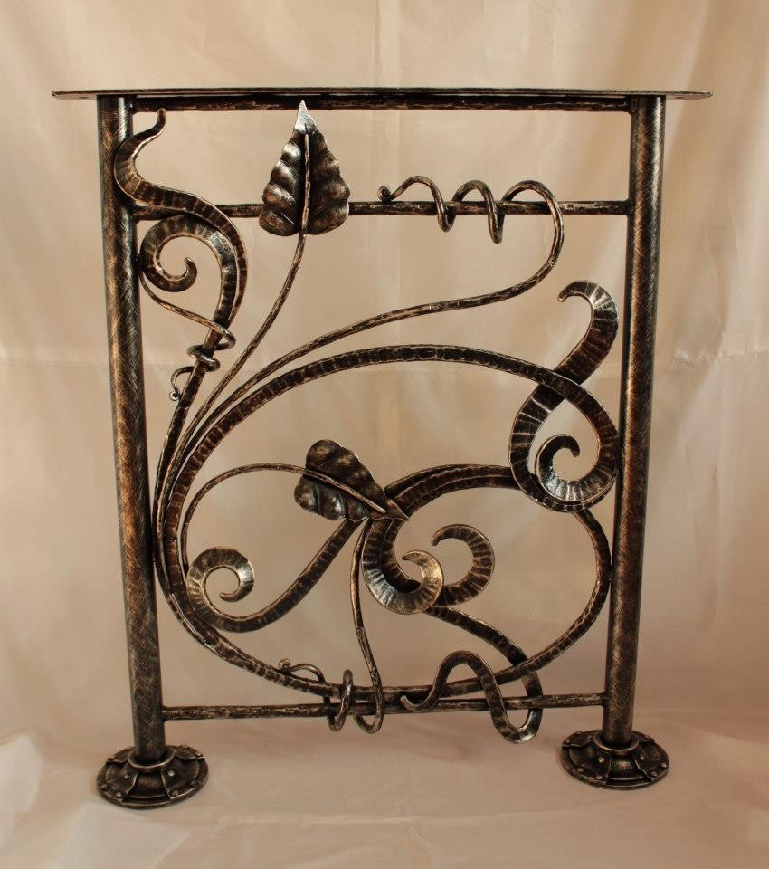 железные двери кованый декор классика